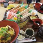 鳥取砂丘にいちばん近いドライブインレストラン砂丘会館 - 海鮮桶盛り1,800円也