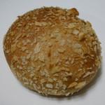 美味しいパンの研究工房 つむぎ - 焼きカレーパン