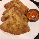 ネパール民族料理 アーガン - 「Keema paratha(キーマ入り薄焼きパン)」480円