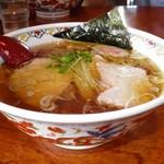 和屋 - 料理写真:手打ち中華そば 650円