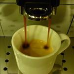 カフェ ライブラ - エスプレッソ珈琲も国内外のお客様に人気です。