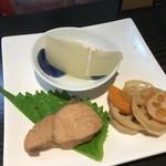 オ バロン ルージュ - 惣菜3品、ハマチの甘辛煮、冷やし冬瓜、レンコンのきんぴら(2018.9.1)