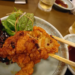 ビーフン東 - 地鶏の唐揚げと四川唐辛子の香り炒め