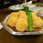 ビーフン東 - 海老団子のパン粉揚げ