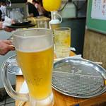 立呑み とんかつ まるや - 生ビール