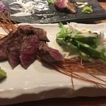 長宗我部 銀座 - 土佐赤牛のわら炙りレアステーキ
