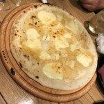 CABANA TERRACE - クワトロ フォルマッジョ(4種のチーズ)  やばウマ!!