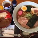 91906441 - ラーメン702円とミニカレー丼432円