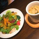 91911377 - ●1日5食限定ローストビーフ丼ランチ 1,580円+tax(サラダ、茶碗蒸し付き)