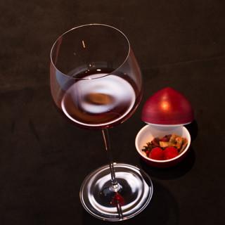 ソムリエがワインをオマージュして作るノンアルコールドリンク