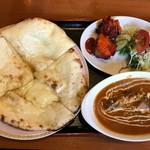 天竺薬膳 北印度料理 みらん - Cランチ(日替)+ハニーチーズナン