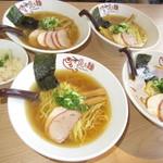 魚ろ麺 - 4人の淡麗塩ラーメンときんき飯【2018年9月】