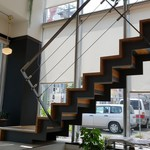 カフェ ピナ - 2階もあります。