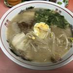 どんどん餃子 - 料理写真:ラーメン
