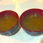 レストランいづみ - 味噌汁が最初に来ます