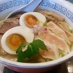 温鶏 - 料理写真:特製鶏塩