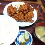 盛岡食堂 - 鶏の唐揚げ定食750円