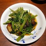 91932057 - 空心菜と自家製ベーコン炒め