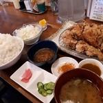 アパッチ - アパッチの唐あげ定食(ライス大盛)