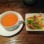 TRUVA - ランチのサラダとスープ