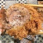 Katsukichi - 【2018.8.27】柔らかな身質のヒレカツに輪島の海塩をフリフリ。