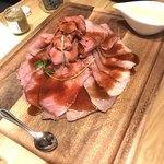 CABANA TERRACE - ローストビーフ400g  絶妙な桜色