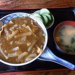 新川 - 「カレー丼」(750円)