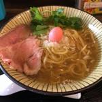 仮麺中 ぬちぐすい - 白らーめん700円