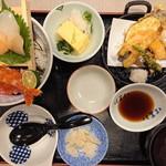 夢庵 - 料理写真:2018年8月 夏の贅沢海鮮丼膳 1499円+税