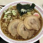 加須はなさき公園レストラン - 料理写真:醤油チャーシューメン
