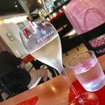 D'ORO - スパークリングワイン¥540(税込)