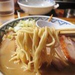 とんぴととりの光龍益 - 特製ラーメン 麺