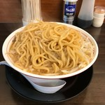 トンキーメン - とりあえず麺はひっくり返す。