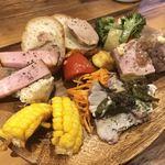 ビストロ NEJI‐KEN‐KEN 赤坂荘 - 前菜盛り合わせ