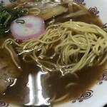 井出商店 - 麺は細麺しこしこです。