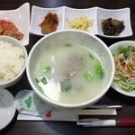 91991586 - 本日の日替わり定食(コムタン)500円