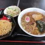味彩 - 料理写真:半チャン&ラーメン