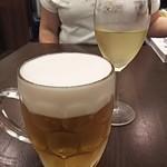洋食亭 ブラームス - ビールと白ワイン