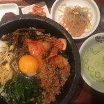 韓のおしり - 石焼ピビンバ(´∀`)/塩だれチョレギサラダ