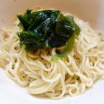 中華そば いぶき - 麺