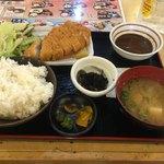 満マル - 料理写真:豚カツ定食734円