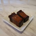 92007745 - サービスのチョコ菓子