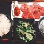 焼肉 乙ちゃん - カルビ&ロース定食