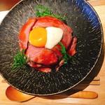 92017053 - ●1日5食限定ローストビーフ丼ランチ 1,580円+tax(サラダ、茶碗蒸し付き)
