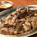 玄樹 - 約600gの地鶏もも焼き(骨付鶏)1850円