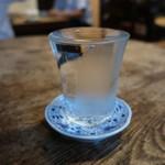 炭火ひもの食堂 塩之屋 - 美寿々 純米(グラス)