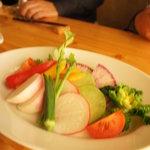 湘南の魚とワインの店 ヒラツカ - 旬の地野菜のバーニャカウダー(980円)♪とっても新鮮!