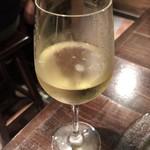 イタリアンバール  スペッロ - 白ワイン(グラス)