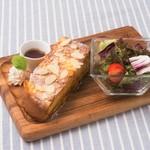 Toast Set トーストセット(全品選べるドリンク付き)