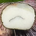 千登利亭 - 鯛です、真ん中に紫蘇